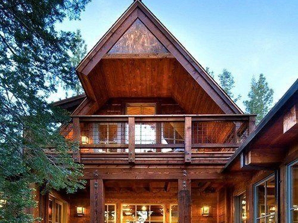 wooden-mountain-hous